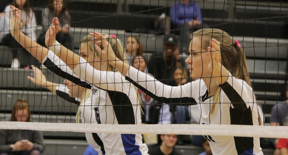 # 11 Anna Gorsich along with teammates wait for a serve from Iowa Central Community on Oct. 9.  PHOTO BY JEFF SIGMUND